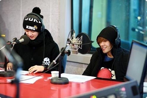 JoonDoong <3 Thunder&Joon 100126hyunyoungsradio01