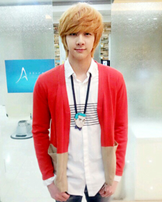 130318 [PIC] MBLAQ (Thunder) Endorsing The Class | AbsoluteMBLAQ